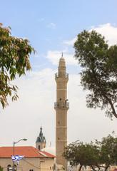Tall minaret of Mahmoudiya Mosque