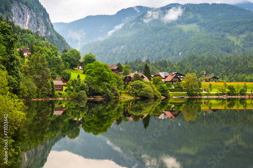 canvas print picture Idyllic Grundlsee lake in Alps mountains, Austria
