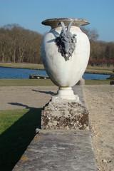 Vase à tête de bouc,Domaine de Chantilly