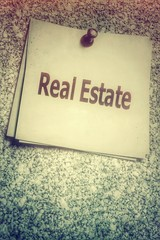Real Estate - Immobilien...