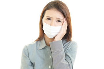 風邪に罹患した女性