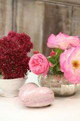 Rosen mit Herz & Liebe schenken