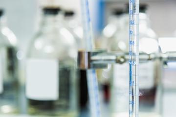 Laboratory measuring equipment