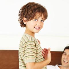 Glückliches Kind mit Vater