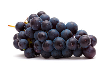 dark grapes isolated
