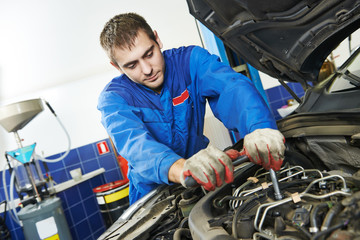 working repairman auto mechanic