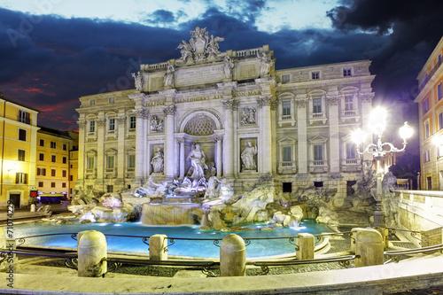 Leinwanddruck Bild Roma - Trevi fountain, Italy