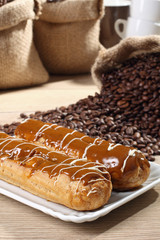 dessert dolce pasticceria al gusto di caffe