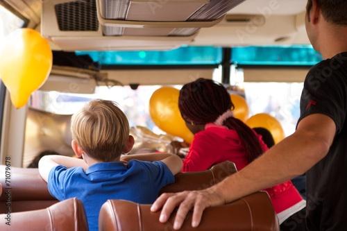 Bus - 71079678