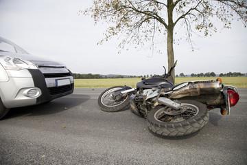 Motorradunfall mit einem Auto