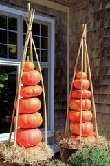 Fall decorations with pumpkins and straw