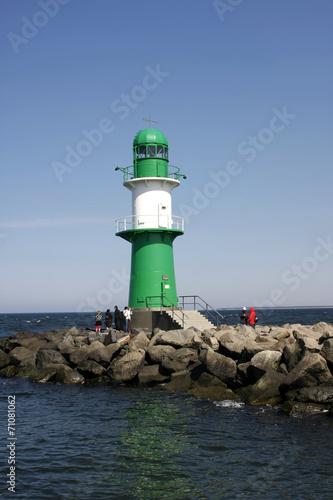 canvas print picture Leuchtturm an der Ostseeküste