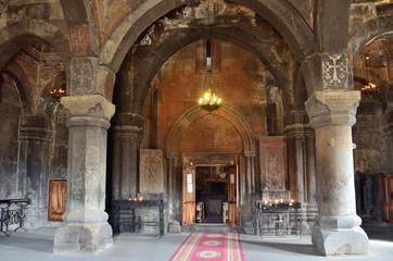 Армения, монастырь Сагмосаванк внутри, 13 век