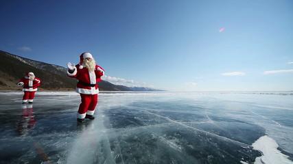 Travel Santa on Lake Baikal, Looping