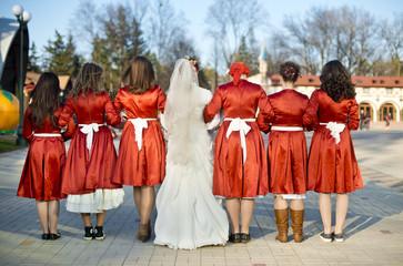 невеста и ее свидетельницы