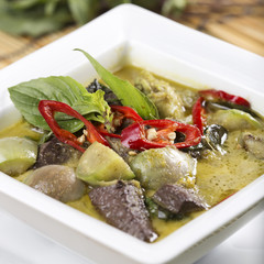 Green curry Chicken soup