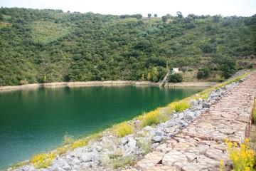 le barrage de Saint-Cassien