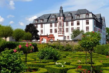 Residenzschloss und Rosengarten in Idstein