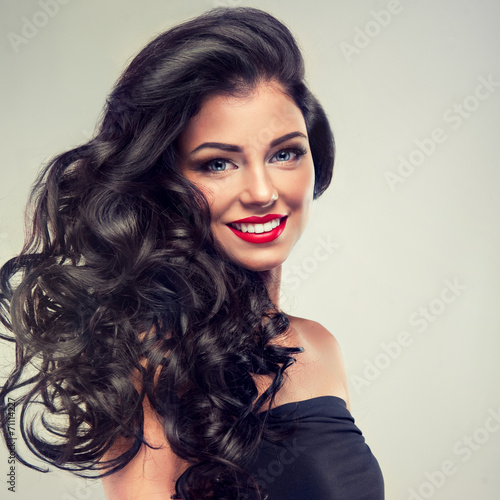 Poszter Model brunette with long curly hair