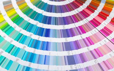 Farbfächer farben mischen drucken