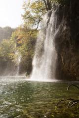 Cascades et chutes à Plitvice-Plitvicka