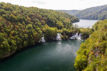 Canyon, cascade et lacs inférieurs de Plitvice-Plitvicka