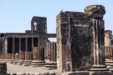 Pompeji - Ruinen der Basilika Scavi