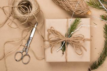 Wrapping eco Christmas packages