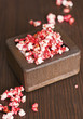 Dulces caramelizadas palomitas de color
