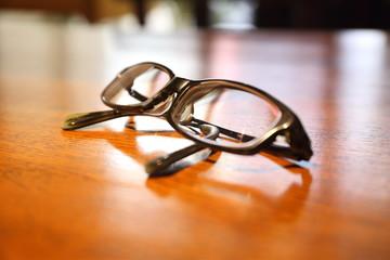 黒ブチ眼鏡