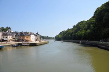 vue sur la riviere Auray depuis le vieux port de Saint-Goustan