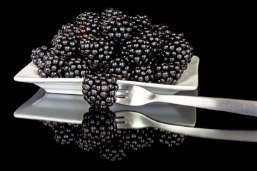 Beautiful Blackberries in a plate ready to eat
