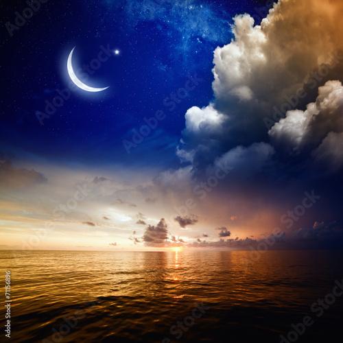 Leinwanddruck Bild Sunset, sea and moon