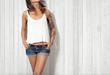 Woman wearing blank vest - 71165824