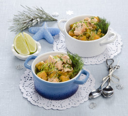 cocotte with vegetables and salmon