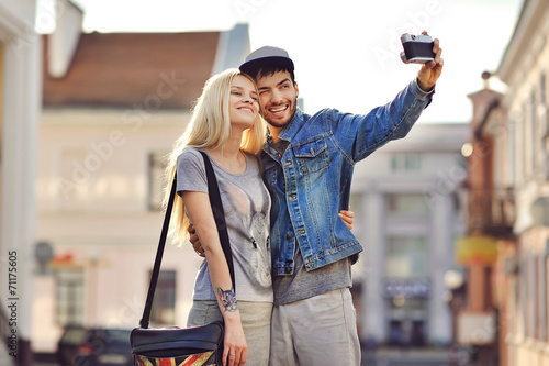 canvas print picture Couple taking self portrait photos with old camera