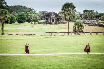 Monaci buddisti e tecnologia