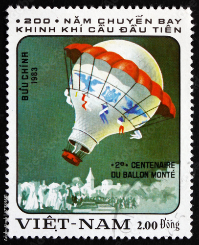 Postage stamp Vietnam 1983 Hot-air Balloon
