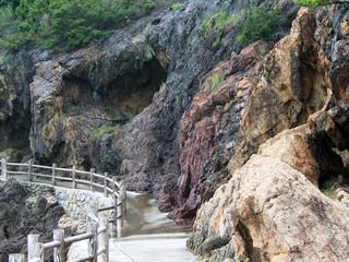 五色岩(広島・仙酔島)