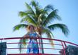jeune fille sous les tropiques