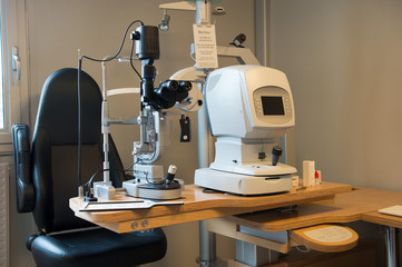 Eye test equipment in a laboratory