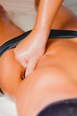 Massaggio in un centro benessere