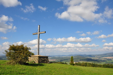 Gipfelkreuz auf dem Rößberg / Rhön