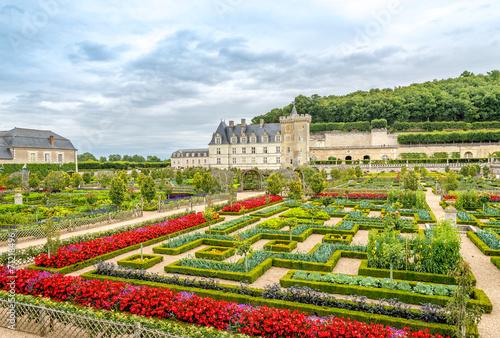 Papiers peints Chateau Chateau Villandry with garden