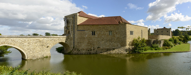 Leeds castle south side , Maidstone, England