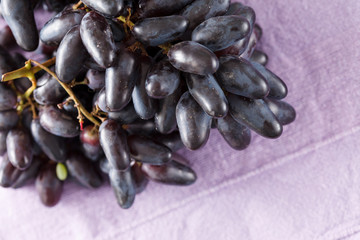 blue grapes