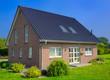 Leinwanddruck Bild - Einfamilienhaus