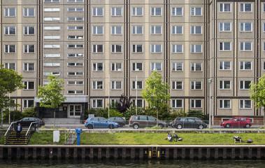 Plattenbau, Spree , Berlin