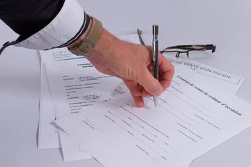 Contrats et signature
