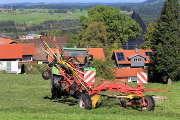 Mäharbeiten in der Landwirtschaft